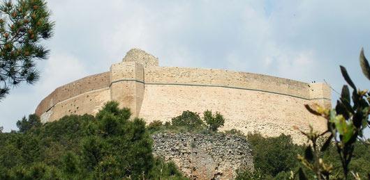 La cina muraria della Rocca Sillana