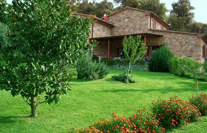Tuscany villa centopino with pool tuscany for Berg piscine toscana